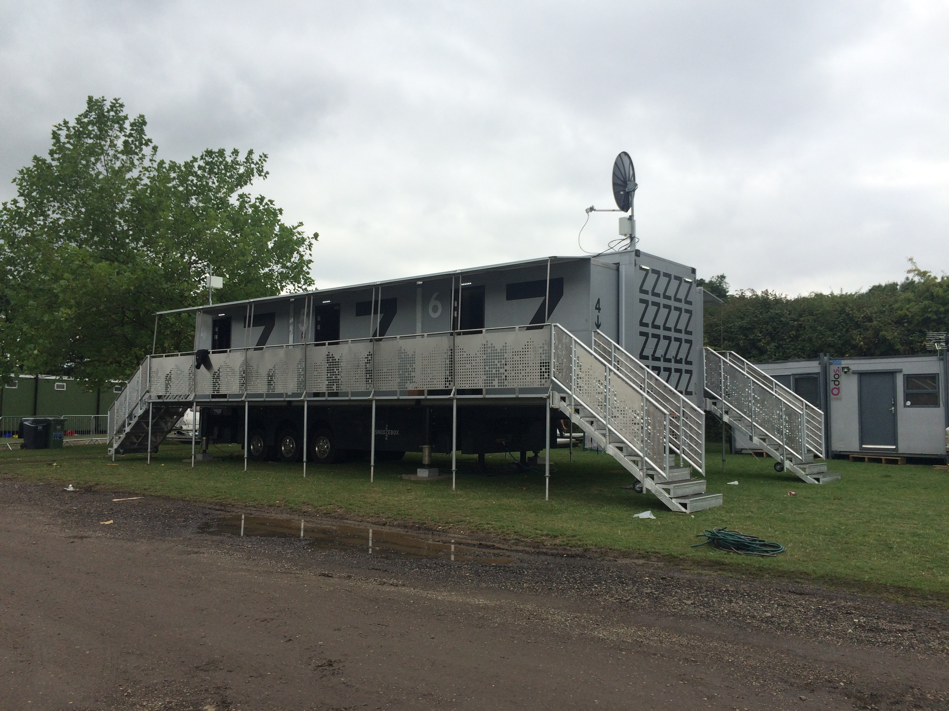 Snoozebox Delivery & Deployment at V-Fest 2015